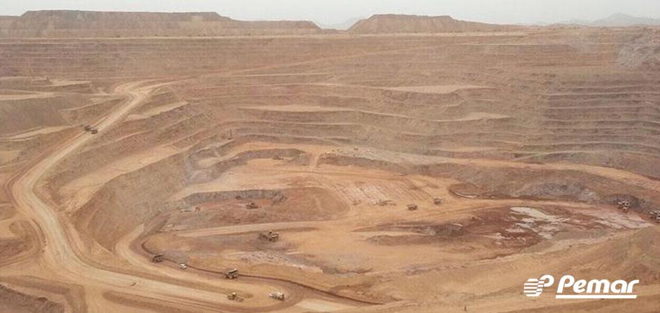 Dos Andes chilenos para os campos de mineração no México